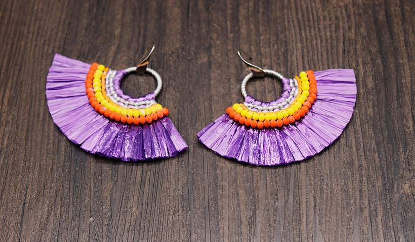 Fan-shaped Raffia Earrings with Bulk Raffia Grass