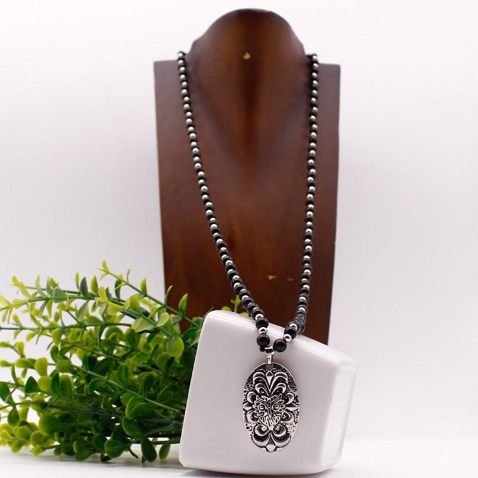 Pendant Necklace With Animal Head Charm Beaded Design