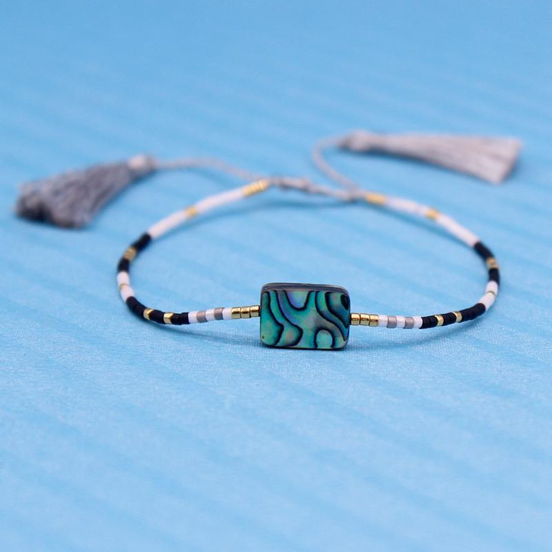 Handmade Miyuki Seed Beads Bracelet With Triangular Tessal And Abalone Shell