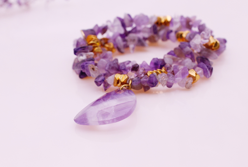 Amethyst Chip And Pendant Mutilayer Stretch Bracelet