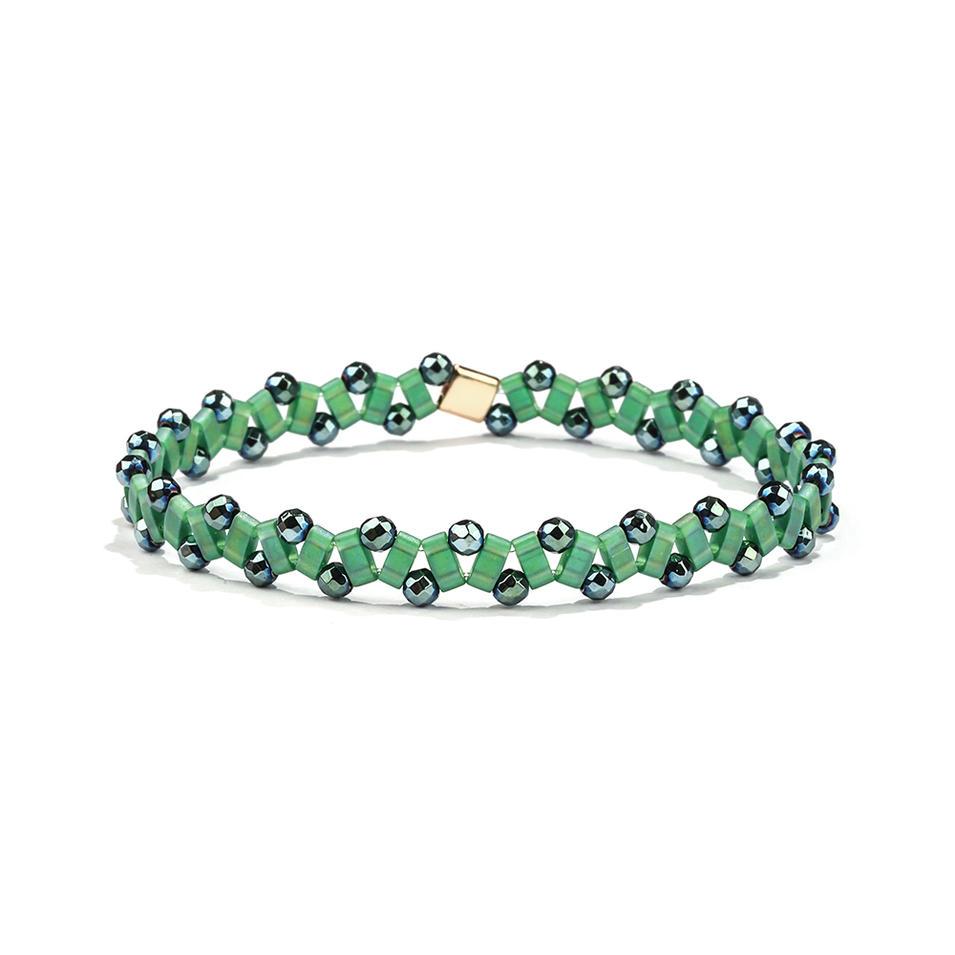 Vogue Friendship Handmade Fresh Green Color Hematite Wholesale Tila Bracelet