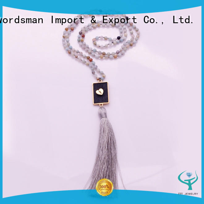 TTT Jewelry professional bridal necklace section for outdoor