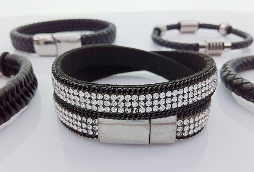 Wholesale Handmade Magnetic Leather Men Woven Bracelets-2