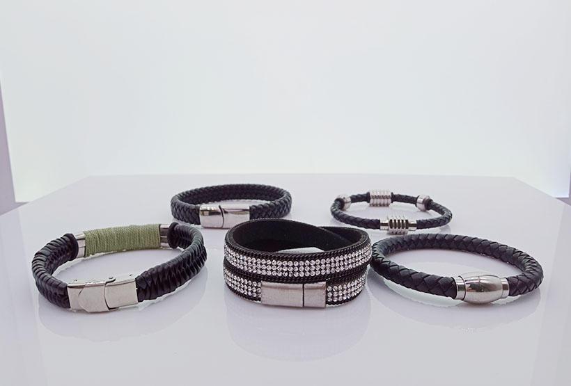 Wholesale Handmade Magnetic Leather Men Woven Bracelets-1